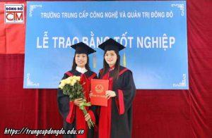 lễ trao bằng tốt nghiệp Trung cấp chính quy đợt 2 năm 2018 ảnh 5 trường Trung cấp Công nghệ và Quản trị Đông Đô