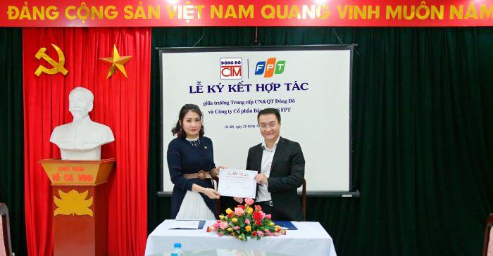 Lễ ký kết hợp tác với Công ty Cổ phần bán lẻ Kỹ thuật số FPT