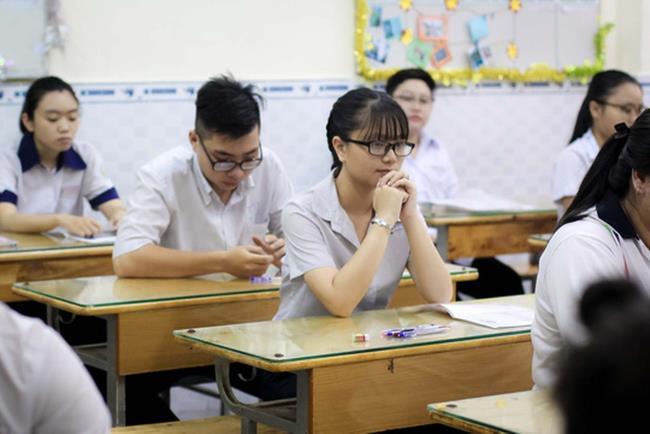 học trung cấp có 2 bằng Trung cấp Chính quy và THPT Quốc gia trường Trung cấp Công nghệ và Quản trị Đông Đô ảnh 1