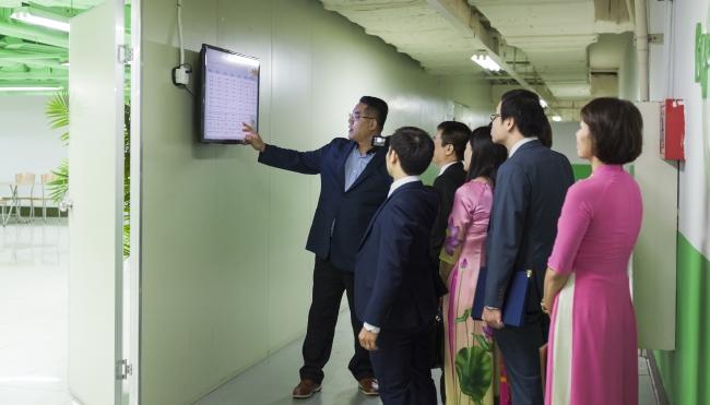 Lễ ký kết hợp tác với Công ty TNHH MTV AON VINA ảnh 5 trường Trung cấp Công nghệ và Quản trị Đông Đô