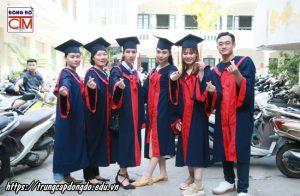 lễ trao bằng tốt nghiệp Trung cấp chính quy đợt 1 năm 2020 ảnh 3 trường Trung cấp Công nghệ và Quản trị Đông Đô