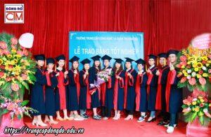 lễ trao bằng tốt nghiệp Trung cấp chính quy đợt 1 năm 2020 ảnh 6 trường Trung cấp Công nghệ và Quản trị Đông Đô