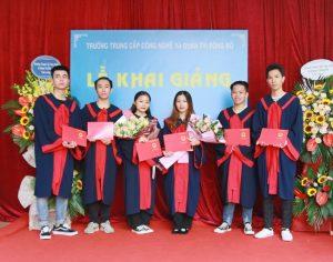lễ trao bằng tốt nghiệp Trung cấp chính quy đợt 2 năm 2020 ảnh 13 trường Trung cấp Công nghệ và Quản trị Đông Đô