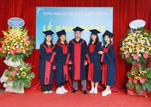 lễ trao bằng tốt nghiệp Trung cấp chính quy đợt 2 năm 2020 ảnh 4 trường Trung cấp Công nghệ và Quản trị Đông Đô