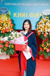 lễ trao bằng tốt nghiệp Trung cấp chính quy đợt 2 năm 2020 ảnh 9 trường Trung cấp Công nghệ và Quản trị Đông Đô
