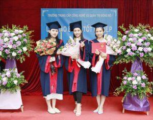 lễ trao bằng tốt nghiệp Trung cấp chính quy đợt 1 năm 2021 ảnh 11 trường Trung cấp Công nghệ và Quản trị Đông Đô