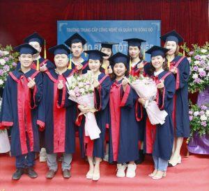lễ trao bằng tốt nghiệp Trung cấp chính quy đợt 1 năm 2021 ảnh 2 trường Trung cấp Công nghệ và Quản trị Đông Đô